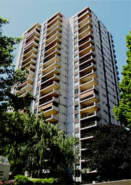 Groceries, Movies, Restaurants, Museums And Shopping Resources American  Plaza Towers Condominiums Portland Oregon